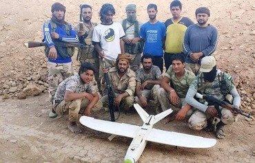قوات النخبة السورية تقاتل داعش في ريف دير الزور