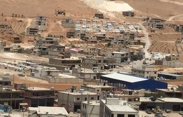 Armed extremist groups issue Arsal 'hit list'