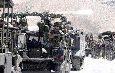 ارتش لبنان 2 فرمانده ارشد داعش را در عرسال دستگیر کرد
