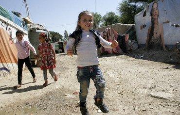 لبنان يسعى لتعليم مزيد من الأطفال السوريين