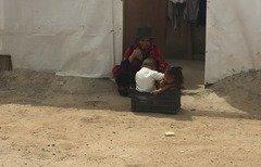 الأمم المتحدة: اللاجئون السوريون في لبنان ينزلقون أكثر نحو هاوية الفقر