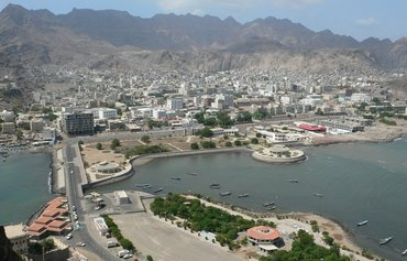 الحكومة اليمنية تتعهد بإعادة إعمار عدن