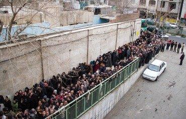 الإيرانيون يرزحون تحت الفقر فيما النظام يشعل حروبا بالوكالة في المنطقة