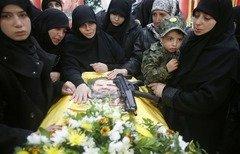 مقتل عناصر حزب الله في سوريا يثير غضب الأرامل والأمهات اللبنانيات