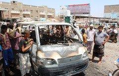 القاعدة في اليمن تواجه ضربات وانشقاقات