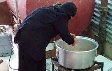 مبادرات شعبية توّفر الغذاء للمحتاجين في اليمن