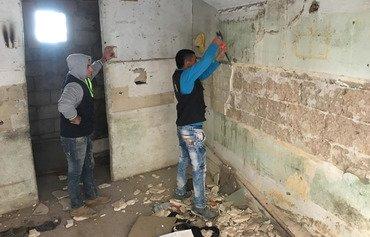 شباب طرابلس في لبنان يسلكون طريق السلام