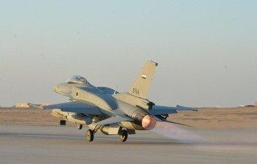 مصر کماکان پایگاه های گروه های افراطی راستای مرز لیبی را هدف قرار می دهد
