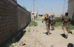 قوات سوريا الديموقراطية تطوّق الرقة بالكامل