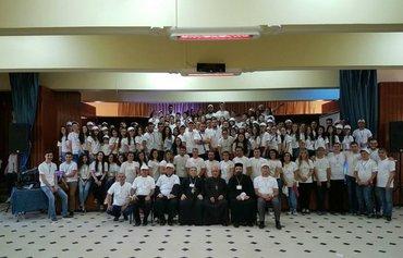 الكنيسة الأرمنية تجمع الشباب المسيحيين بسوريا