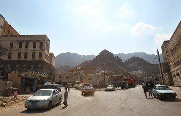 Les travaux de reconstruction commencent à Aden au Yémen