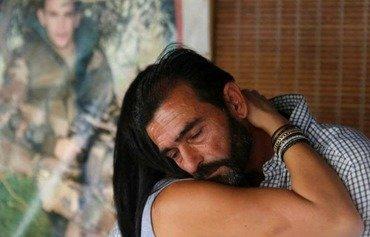 عناصر داعش يغادرون لبنان وأهالي الجنود ينعون وفاتهم