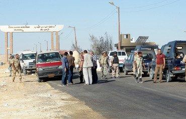 مصر تقاتل الجماعات المسلحة في الصحراء الغربية