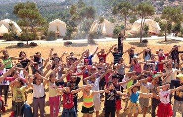 أشوريون تعرضوا لعنف داعش يجدون المساعدة في لبنان
