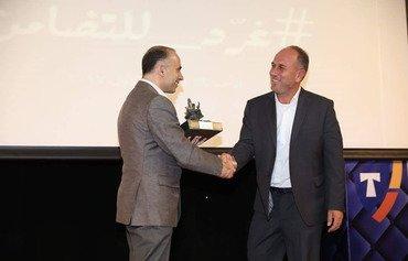 لاجئ سوري في لبنان يفوز بجائزة 'التضامن الروحي'