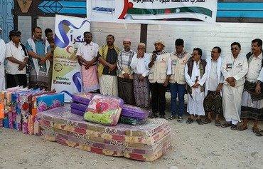 منظماتالمجتمعالمدني توزع المساعدات في شبوة باليمن