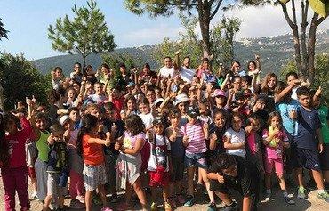 مدرسة جديدة تعيد الكلدان اللاجئين إلى المقاعد الدراسية في لبنان