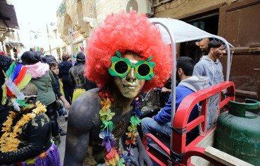 مدينة طرابلس في لبنان تحتفل بمهرجان زامبو الغامض