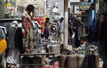 التدخل الإيراني في اليمن يطيل معاناة المدنيين