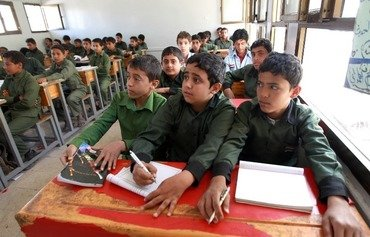 الحوثيون يعطلون الدراسة من اجل الحشد لأنشطتهم الدعائية