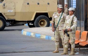 الجيش المصري يعلن مقتل قيادي بداعش وسط سيناء