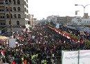 الحوثيون يحكمون سيطرتهم على مؤسسات الدولة