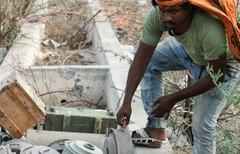 Yemeni activists slam Houthis' use of mines
