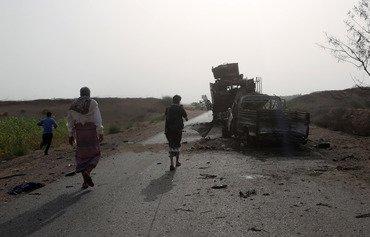 القوات اليمنية تتقدم نحو ميناء الحديدة