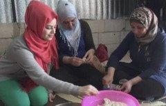مساعدات خليجية تضيف بهجة رمضان على اللاجئين السوريين في لبنان