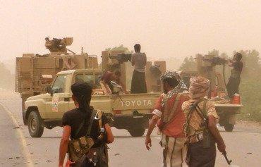 القوات اليمنية المشتركة تصل محيط مطار الحديدة