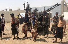 قوات الحكومة اليمنية تدخل مطار الحديدة