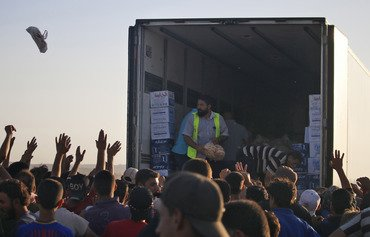 الأردن يوازن الجوانب الإنسانية والأمنية في أزمة سوريا