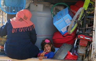عودة خجولة للاجئين السوريين من عرسال إلى سوريا