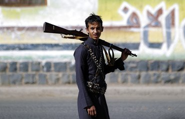 اليمنيون يتجنبون المراكز الصيفية الحوثية خوفا من التجنيد