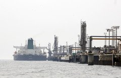 Iran threat to close Strait of Hormuz just rhetoric, analysts say