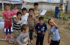 لبنان يسعى لزيادة تسجيل السوريين بالمدارس