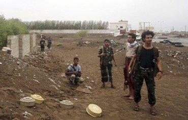 الألغام آفة جديدة في اليمن المدمر جراء الحرب