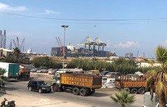 المزارعون اللبنانيون يرحبون بإعادة فتح معبر نصيب الحدودي