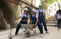 Young volunteers help Farah al-Ataa  rehabilitate infrastructure and renovate buildings in Tripoli's Bab al-Tabbaneh and Jabal Mohsen. [Photo courtesy of Farah al-Ataa]