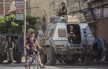 مقتل 12 مسلحا في تبادل لإطلاق النار مع الجيش المصري بشمال سيناء