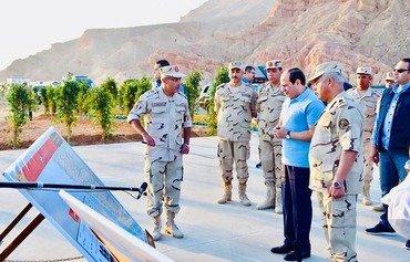 مصر تشيد طريقا جديدا لتنشيط السياحة والتنمية بجنوب سيناء