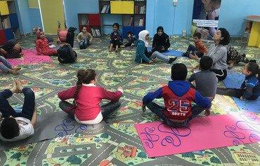 إعلاميون أوروبيون يجولون على مخيمات اللاجئين في لبنان