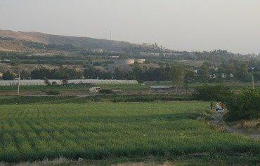 مزارعون أردنيون يطالبون بتنظيم دخول المحاصيل السورية