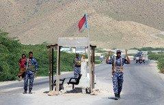 Yemeni forces arrest 2 al-Qaeda elements behind foiled bomb attack