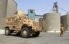 'Food is a weapon': Fight over Yemen granary tests truce