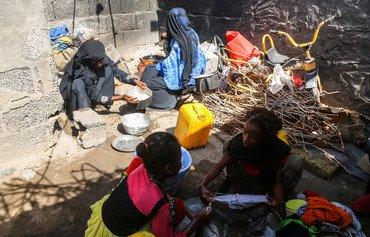 اليمن يسعى للإفراج عن المختطفات في سجون الحوثيين