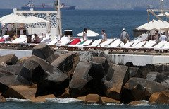 لبنان يرحب برفع حظر سفر السعوديين إليه