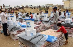 Arab coalition airdrops support Hajur tribes