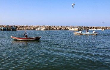 الجيش اليمني: خبراء إيرانيون يدرّبون الحوثيين على استهداف سفن البحر الأحمر