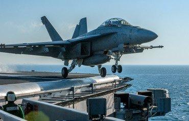 نیرو دریایی ایالات متحده از امنیت دریایی منطقه ای حمایت می کنند